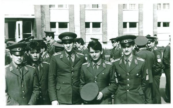 2-я группа перед одним из очередных построений: Шалин, Турченко, Наранович, Тубольцев и я.