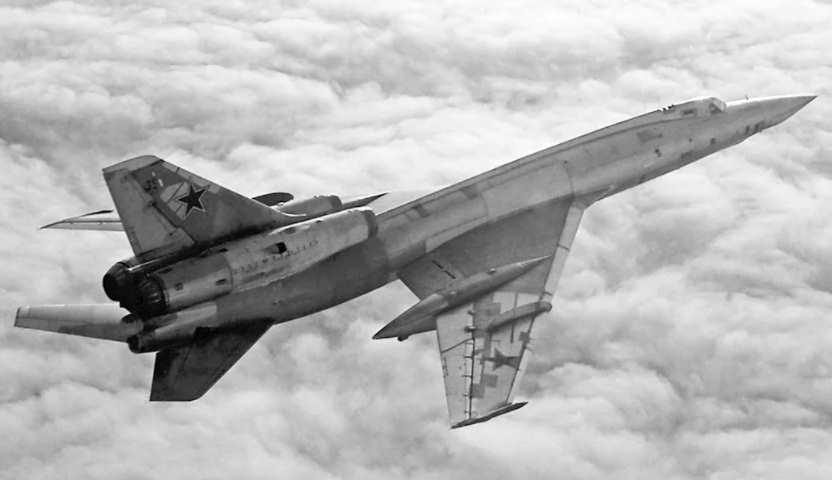 Ту-22Р