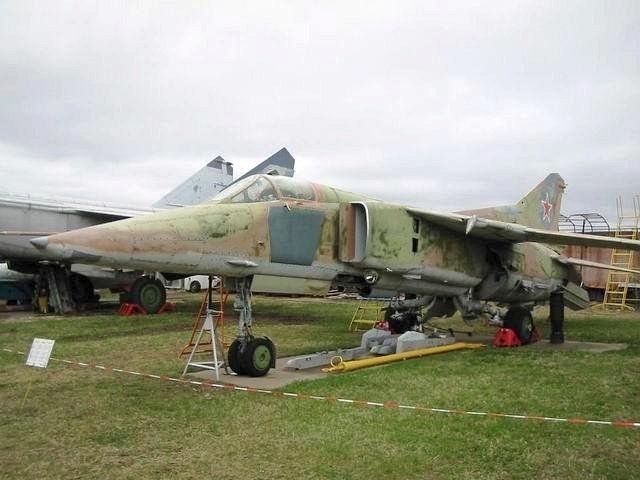 МиГ-23БМ с АЛ-21Ф-3 с АЛ-21Ф-3
