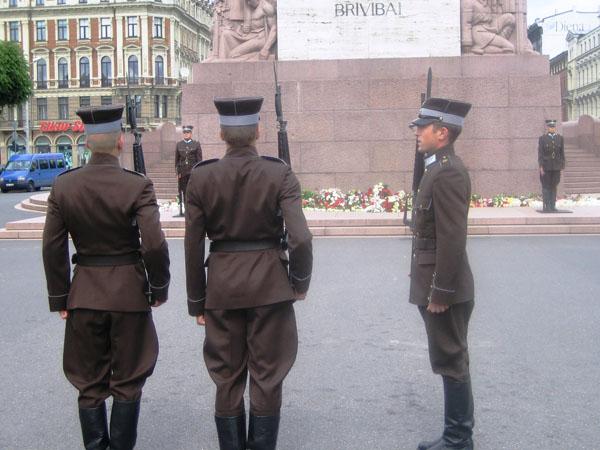 9.Статуя Свободы (Милда). Пост № 1 латвийских ВС.