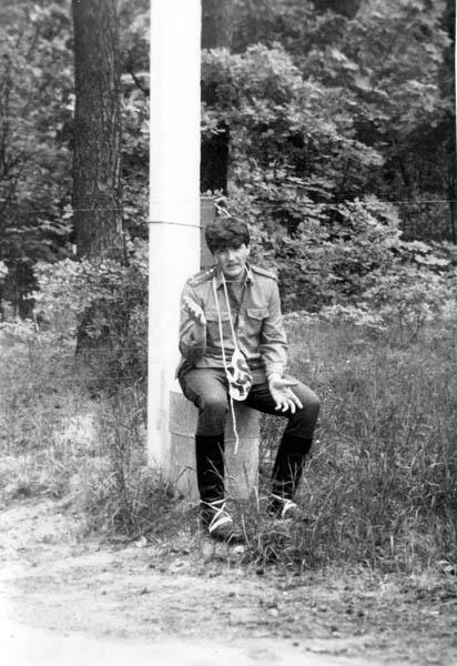 после изнурительного 3-км кросса по Межапарку (ежегодная проверка по физо) - 1989 г.