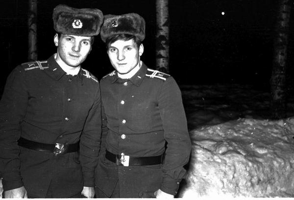 Курсанты СД-88 — братья Кубышкины Валентин и Михаил