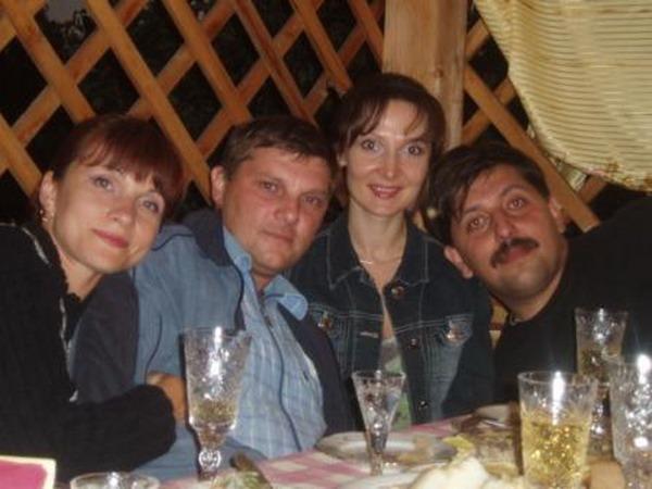 Орлов и Новиков с женами