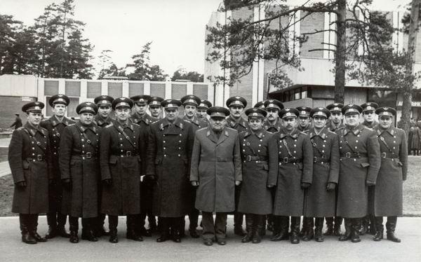 Май 1987г. В распоряжении танкового полка (25 км. От Риги)