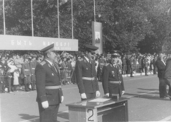 6 сентября 1987г.  Присяга. Слева полковник Черных.