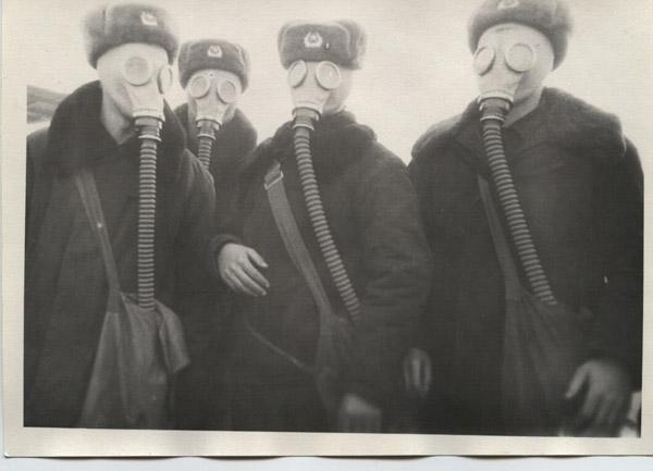 Практика на Скултэ. 1987 год. Выпуск 1990 года. Слева: Гераман Сорокин, Слава Яжгур, далее ?…